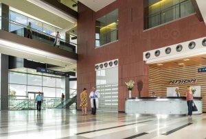 Входной вестибюль больницы Ассута