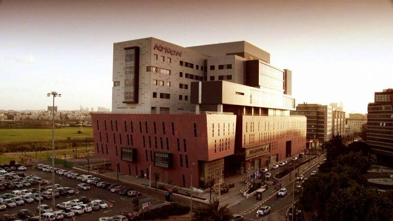 клиника Ассута в Тель-Авиве